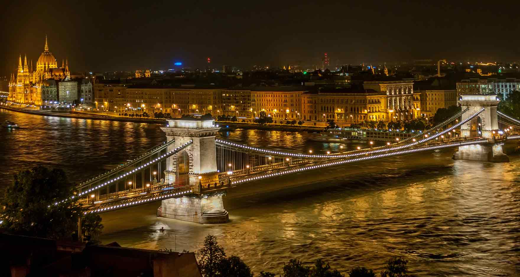 Széchenyi Chain Bridge, Budapest at night, viewed from Budapest Castle